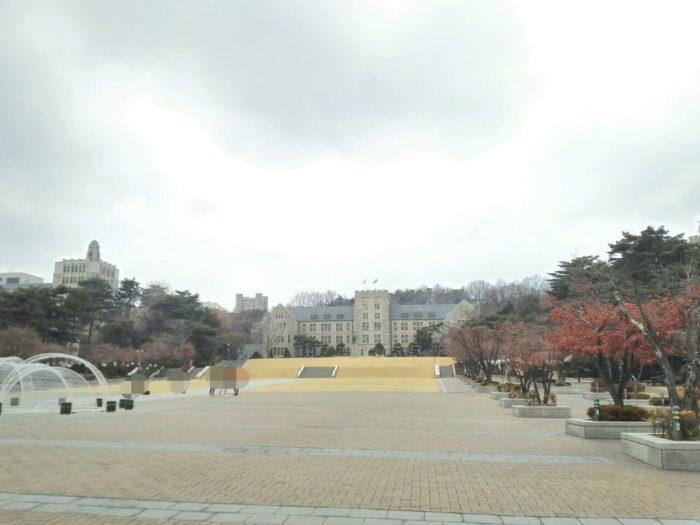 韓国の高麗大学校内