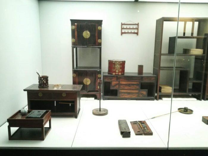 高麗大学博物館展示品。朝鮮時代のヤンバンの家具