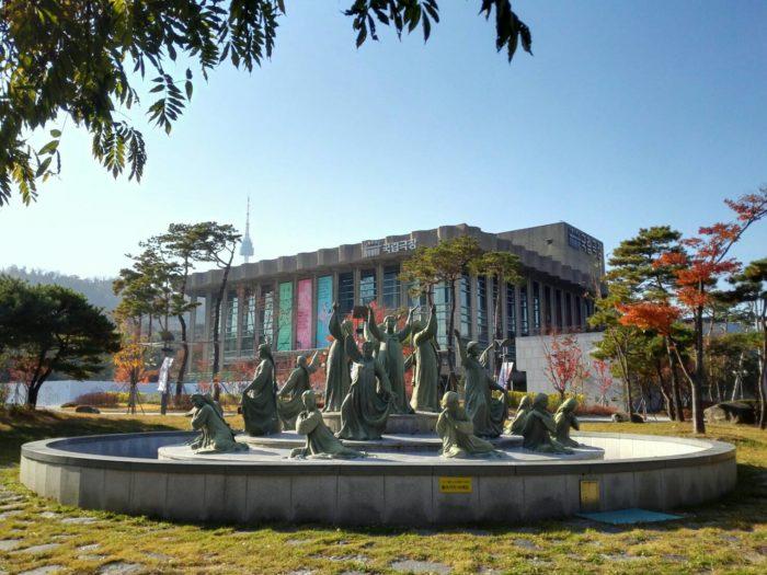 ソウルの国立劇場