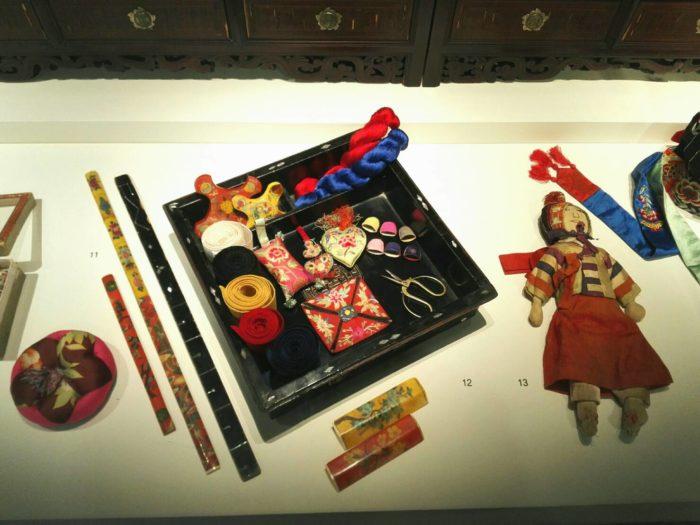 城北先蚕(ソンブクソンジャム)博物館の展示品。朝鮮時代の女性たちの刺繍道具