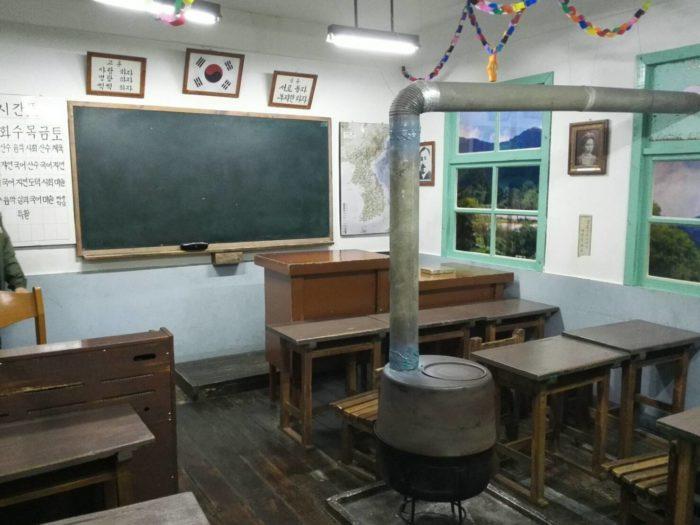 ソウル教育博物館。教室を再現したもの