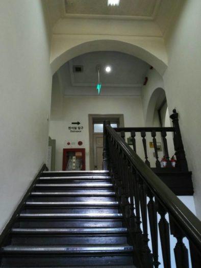 ソウル大学病院医学博物館への階段