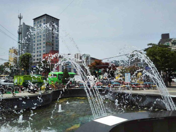 漢城大入口駅前噴水広場