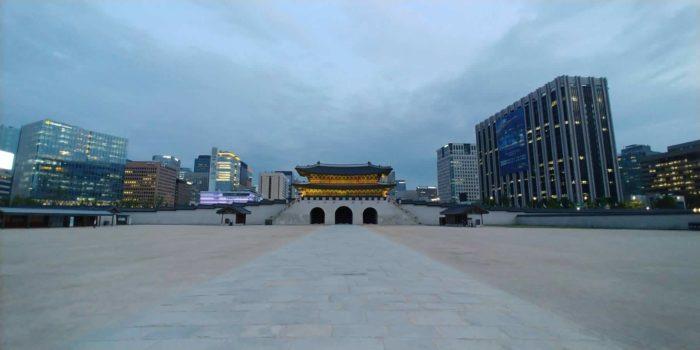景福宮夜間観覧時の光化門広場