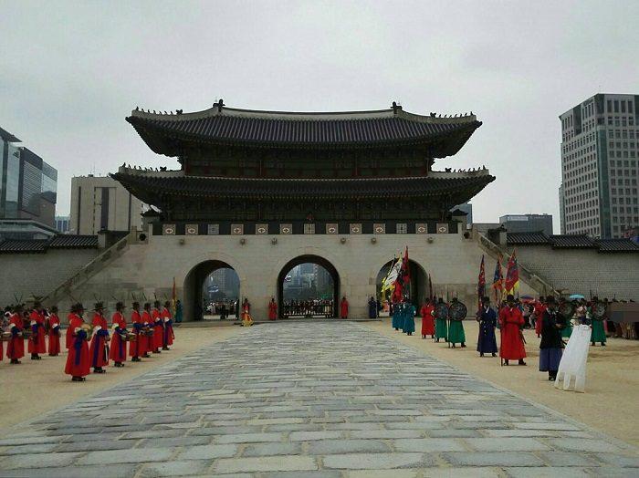 景福宮の守門将交代儀式