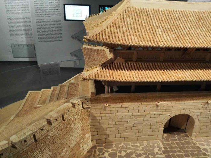 漢陽都城博物館 竹で作られた南大門