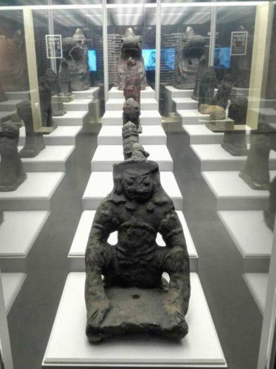 漢陽都城博物館 東大門の屋根にかざられた魔よけの動物