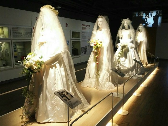 ソウル生活史博物館_ウエディングドレスの変遷