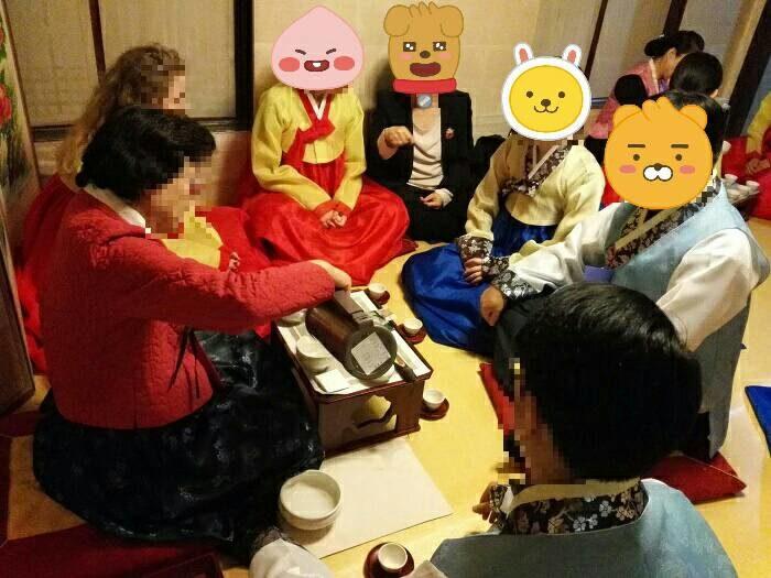 雲峴宮 庭の中の歴史コンサート伝統茶体験
