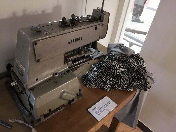 美しい青年チョン・テイル(全泰壹)記念館 平和市場縫製工場のミシン