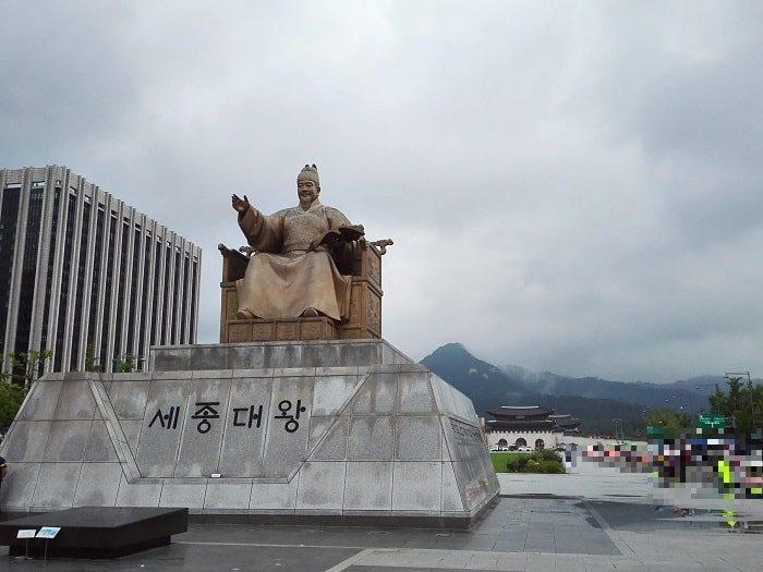 光化門広場 世宗(セジョン)大王像