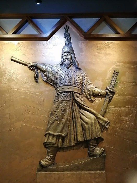 光化門広場地下の忠武公李舜臣将軍の物語(チュンムゴン イヤギ)レリーフ