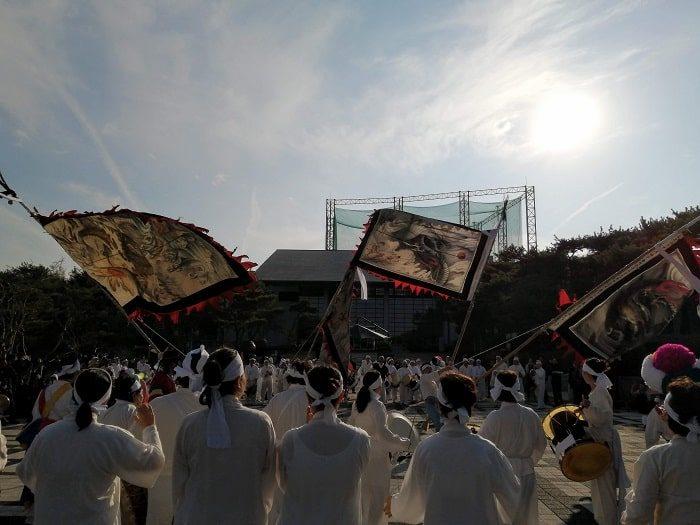 全羅北道無形文化財 全州旗接(キジョン)ノリ(전주기접놀이)