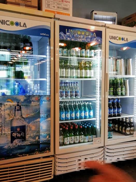 チェジュコギチッ城北区庁店のお酒冷蔵庫