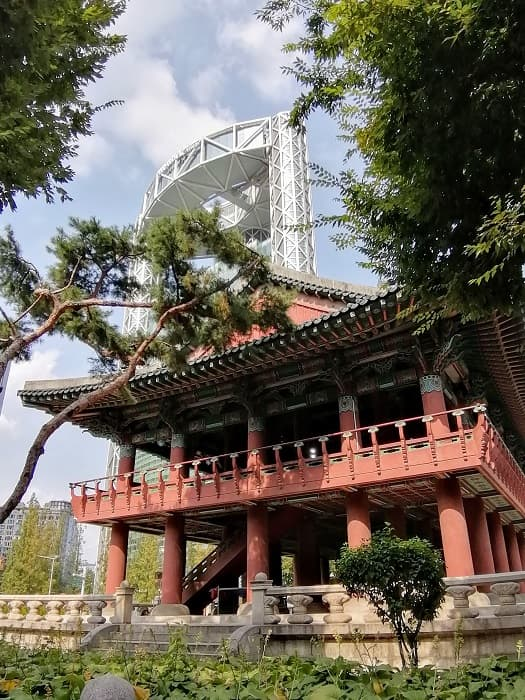 鐘閣駅(チョンガ)普信閣(ボシンガッ)