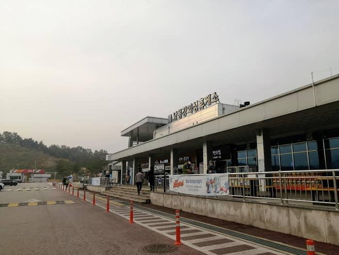 韓国の高速道路休憩所のコロナ19対応
