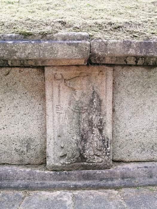 金庾信(キム・ユシン)将軍のお墓の十二支の彫刻