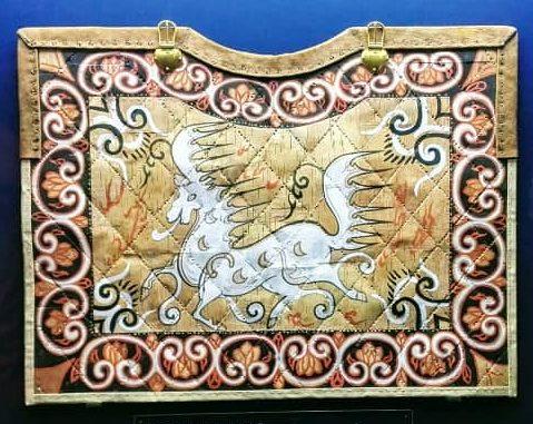 韓国慶州大陵苑、新羅時代の天馬図(国宝第207号)