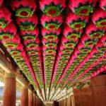 慶州仏国寺天井のハスの花の提灯