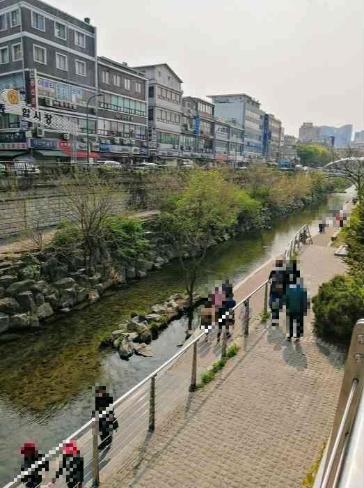韓国広蔵市場(クァンジャンシジャン)からチョンゲチョン