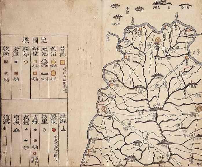 韓国朝鮮時代の地図帳『大東輿地図』