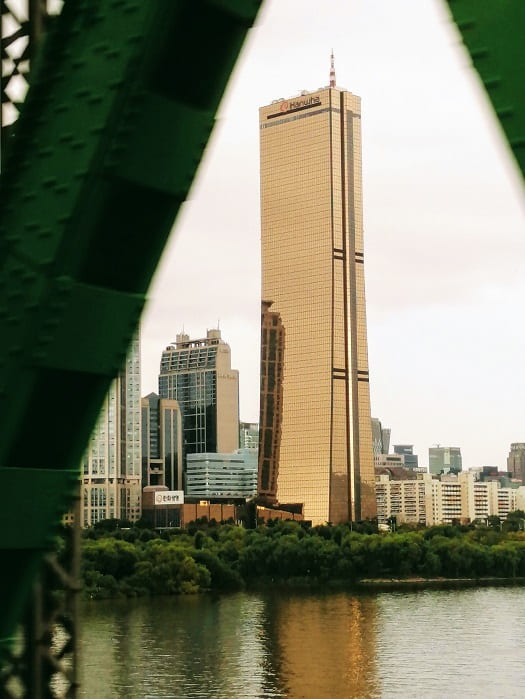 韓国ソウルヨイドの63ビルディング