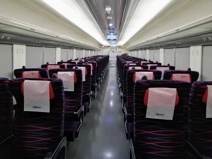 韓国の高速列車ITX車内