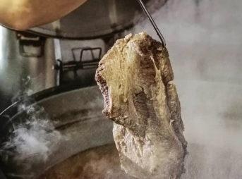 ソウル名物 ソルロンタンに麺が入っている理由
